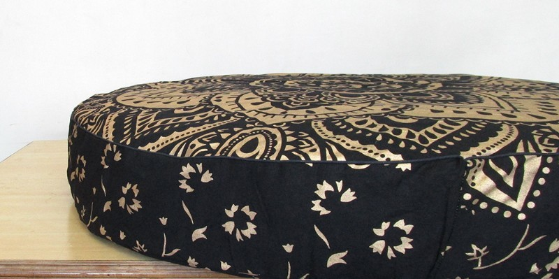 Black gold new pillow cover p3